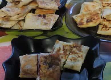 Как научиться готовить вкусные пирожки из лаваша на сковороде