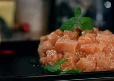 Тартар из лосося — готовим вкусное французское блюдо
