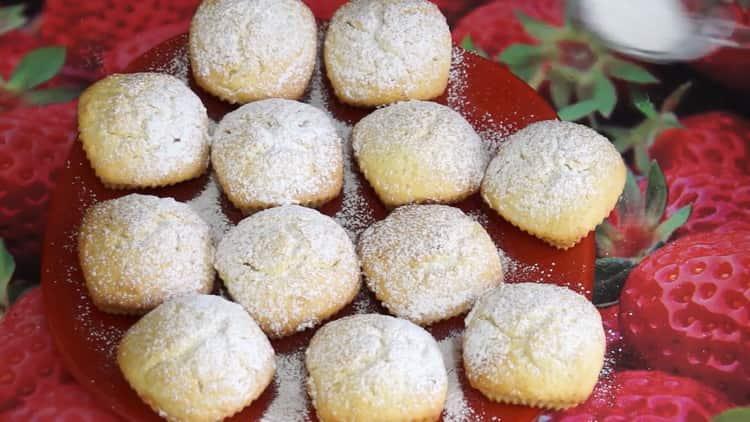 творожные кексы в силиконовых формочках приготовленные по простому рецепту готовы