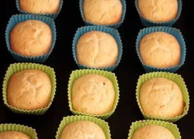 Невероятно вкусные творожные кексы — выпекаем в силиконовых формочках