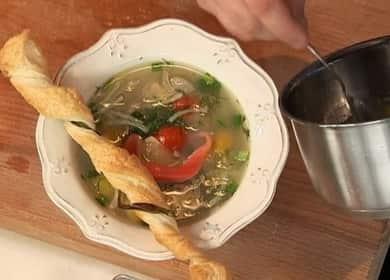 Уха из стерляди с копченой форелью — очень вкусный и оригинальный рыбный суп