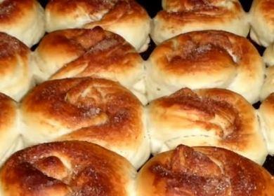 Булочки на кефире с сахаром и корицей — выпекаем в духовке 🥐