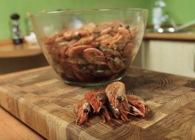 Готовим вкуснейшие креветки к пиву: рецепт с пошаговыми фото.