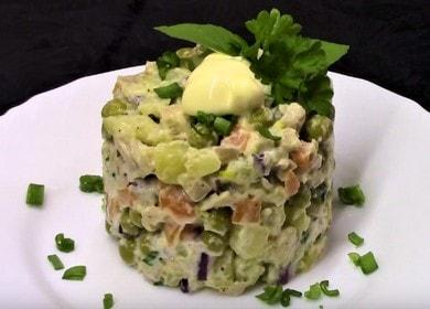 Готовим постный салат с кальмарами по простому пошаговому рецепту с фото.
