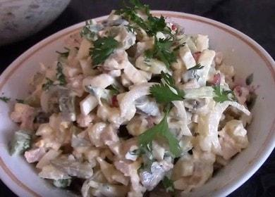 Готовим вкусный салат из консервированных кальмаров по пошаговому рецепту с фото.
