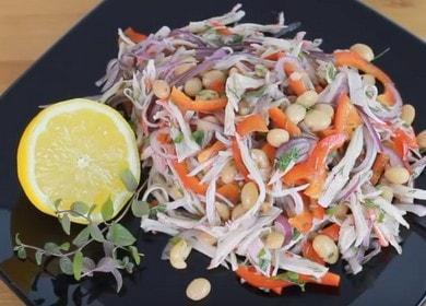 Как научиться готовить вкусный салат с фасолью и крабовыми палочками 🥗
