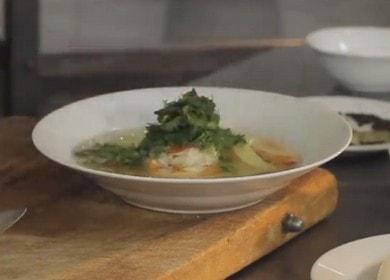 Суп из кальмаров и риса — просто и очень вкусно 🍲