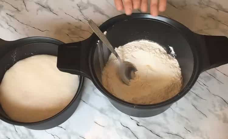 Для приготовления булочек, подготовьте ингредиенты