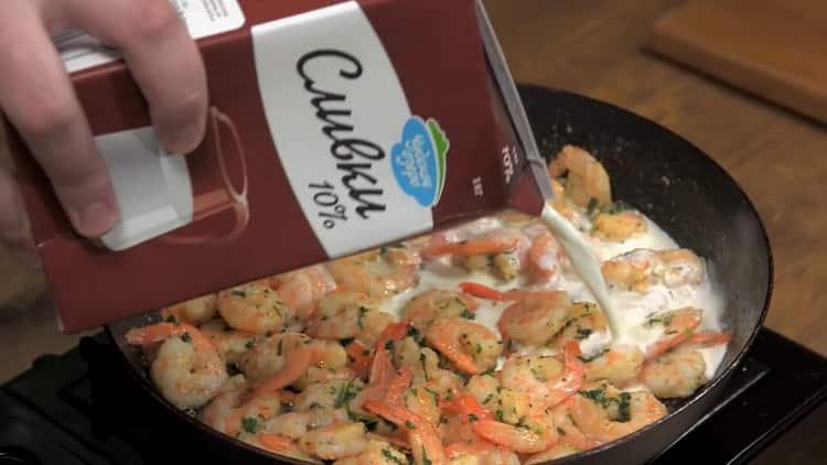 Креветки в сливочном соусе по пошаговому рецепту с фото