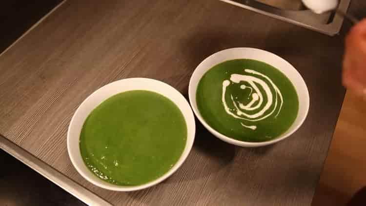крем суп из шпината готов
