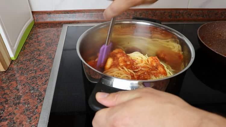 Для приготовления пасты перемешайте ингредиенты