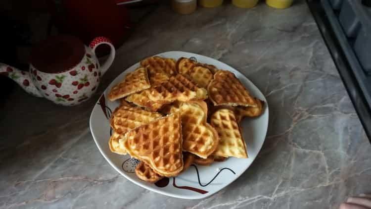 Хрустящие вафли для электровафельницы: пошаговый рецепт с фото
