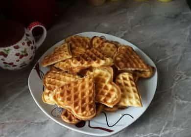 Как научиться готовить вкусные хрустящие вафли для электровафельницы по простому рецепту 
