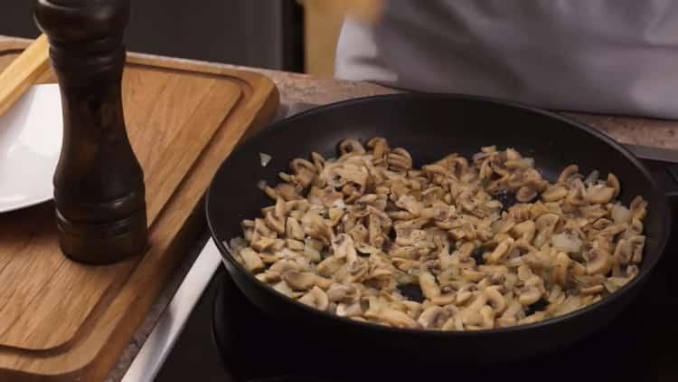 Для приготовления жкльена. добавьте перец