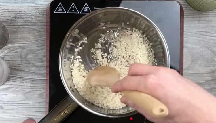 Для приготовления ризотто подготовь ингредиенты