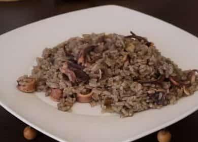 Чёрный рассыпчатый рис с кальмарами — секреты испанской кухни 🦑