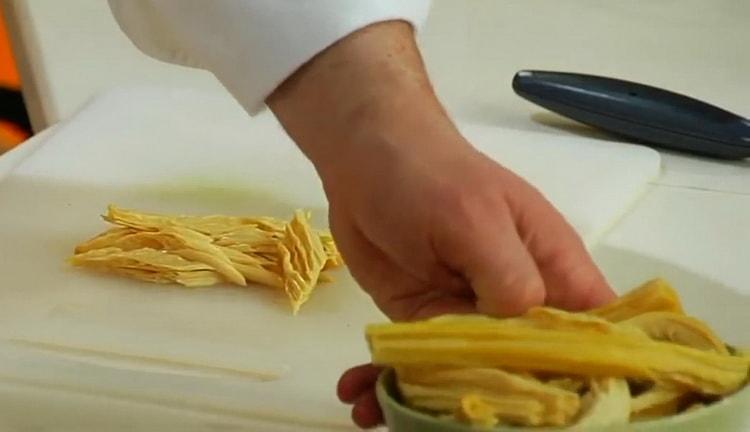 Готовим салат из спаржи