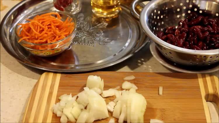 Готовим салат с фасолью консервированной