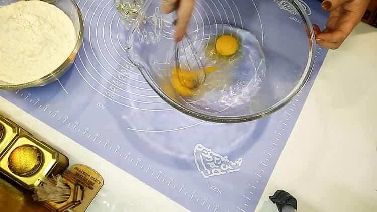 Готовим тесто на бешбармак
