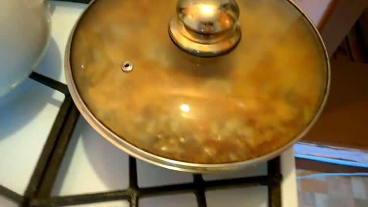тефтели с рисом с подливкой готовы