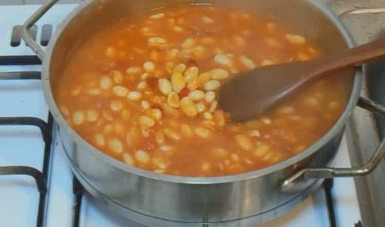Для приготовления блюда, добавьте соль