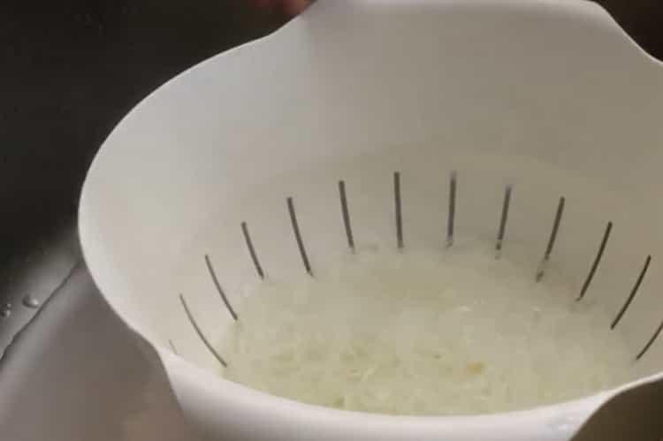 Для приготовления фрунчезы подготовьте ингредиенты