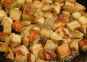Готовим ароматные баклажаны с грибной приправой по пошаговому рецепту с фото.