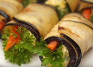 Пикантная закуска из баклажанов на праздничный стол: готовим по пошаговому рецепту с фото.