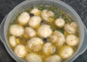 Как мариновать грибы дома: простой пошаговый рецепт с фото.