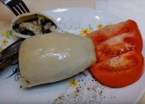 Готовим вкуснейшие кальмары, фаршированные рисом и грибами, по пошаговому рецепту с фото.