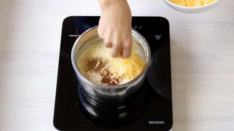 Для приготовления блюда добавьте сыр