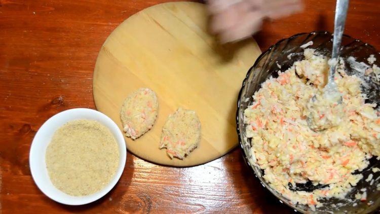 Для приготовления блюда сформуйте котлеты