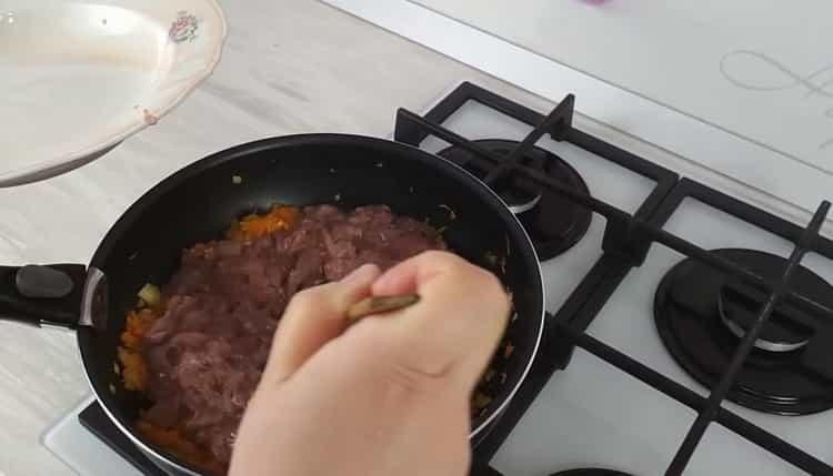 куриная печень в сметане смешайте ингредиенты