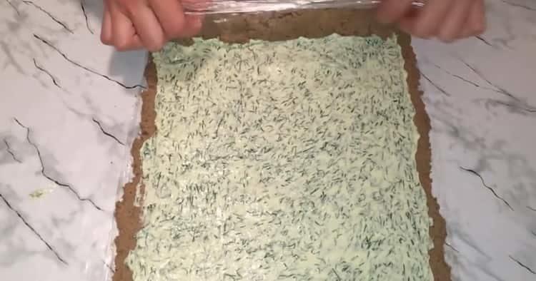 выложите масло на печень