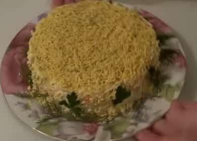 Как научиться готовить вкусный салат с крабовыми палочками и сыром 燎