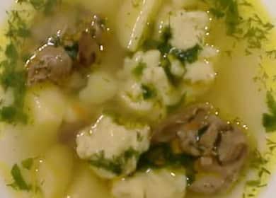 Суп с клецками и куриной печенью — очень вкусный и такой домашний 🥣