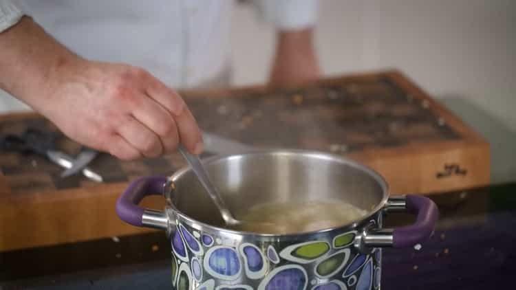 Для приготовления блюда добавьте гречку