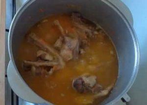Как готовится тушеная утка