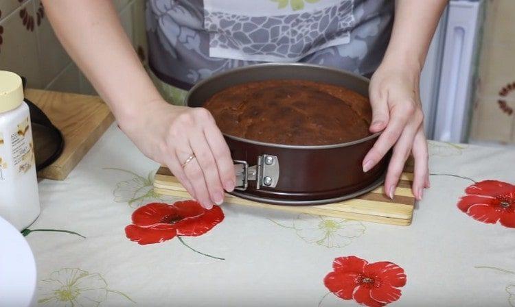 выпекается пирог минут 50 максимум.
