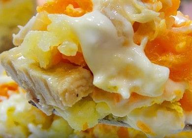 Классический салат Мимоза 諾 с сайрой