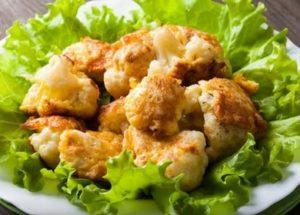 очень вкусная и нежная цветная капуста, жареная на сковороде: готовим по рецепту с фото.