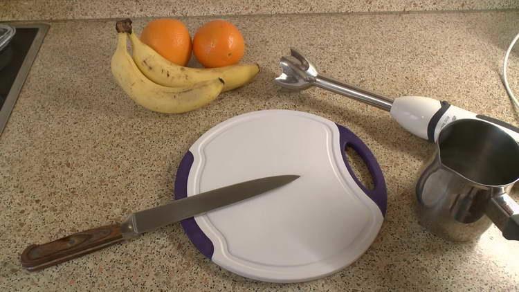 берем банан и апельсин