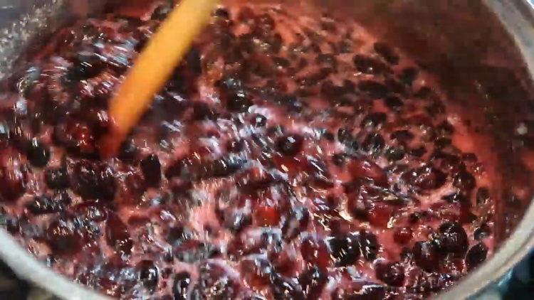 Варенье из жимолости по пошаговому рецепту с фото