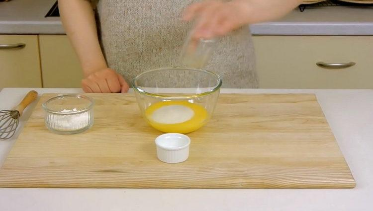 приготовьте ингредиенты для крема