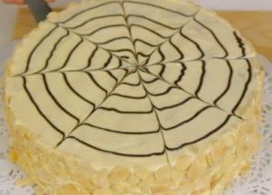 """Знаменитый торт """"Эстерхази"""" с миндальными коржами и нежным кремом"""
