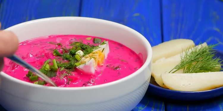подаем суп с картошкой