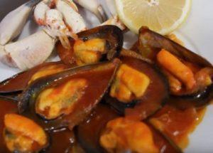 Готовим невероятно вкусные мидии в томатном соусе: детальный рецепт с пошаговыми фото.