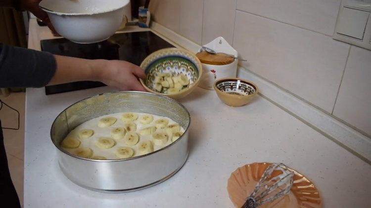выложите банан на форму