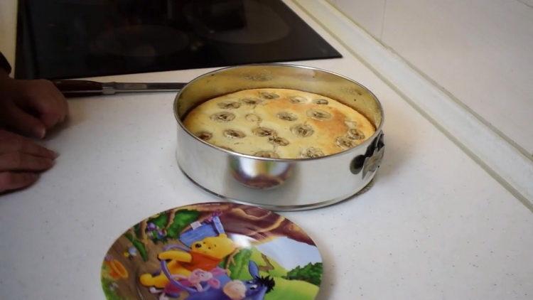 Банановый пирог в духовке по пошаговому рецепту с фото