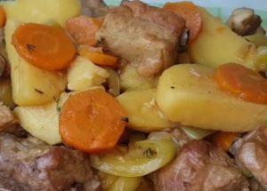 готовим роскошное жаркое с мясом и картошкой